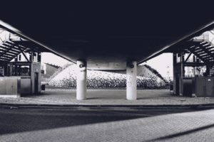 Sort/hvitt bilde av betong