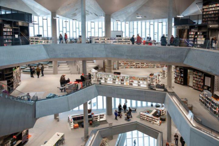 Deichman bibliotek i Bjørvika: særegent betongbygg