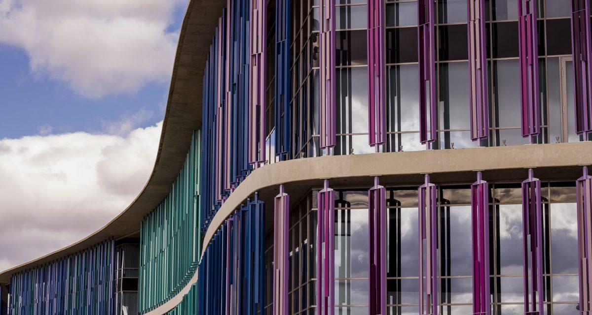 Modernistisk arkitektur og dens byggematerialer